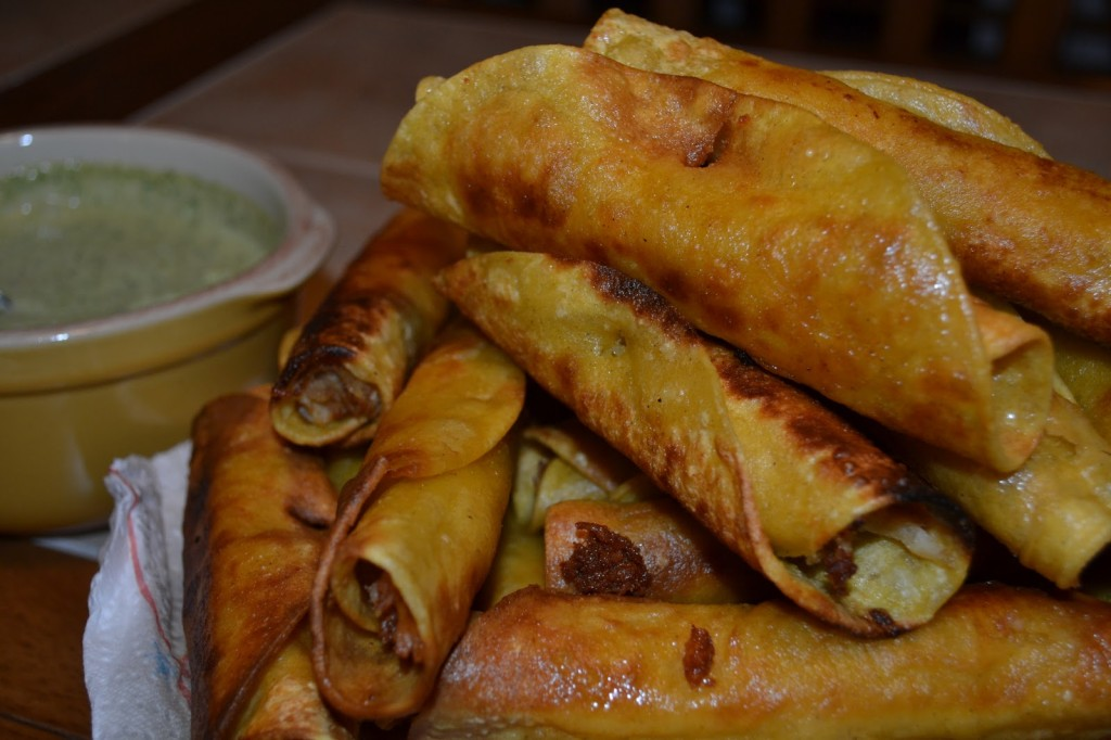 Taquitos with Salsa Serrano